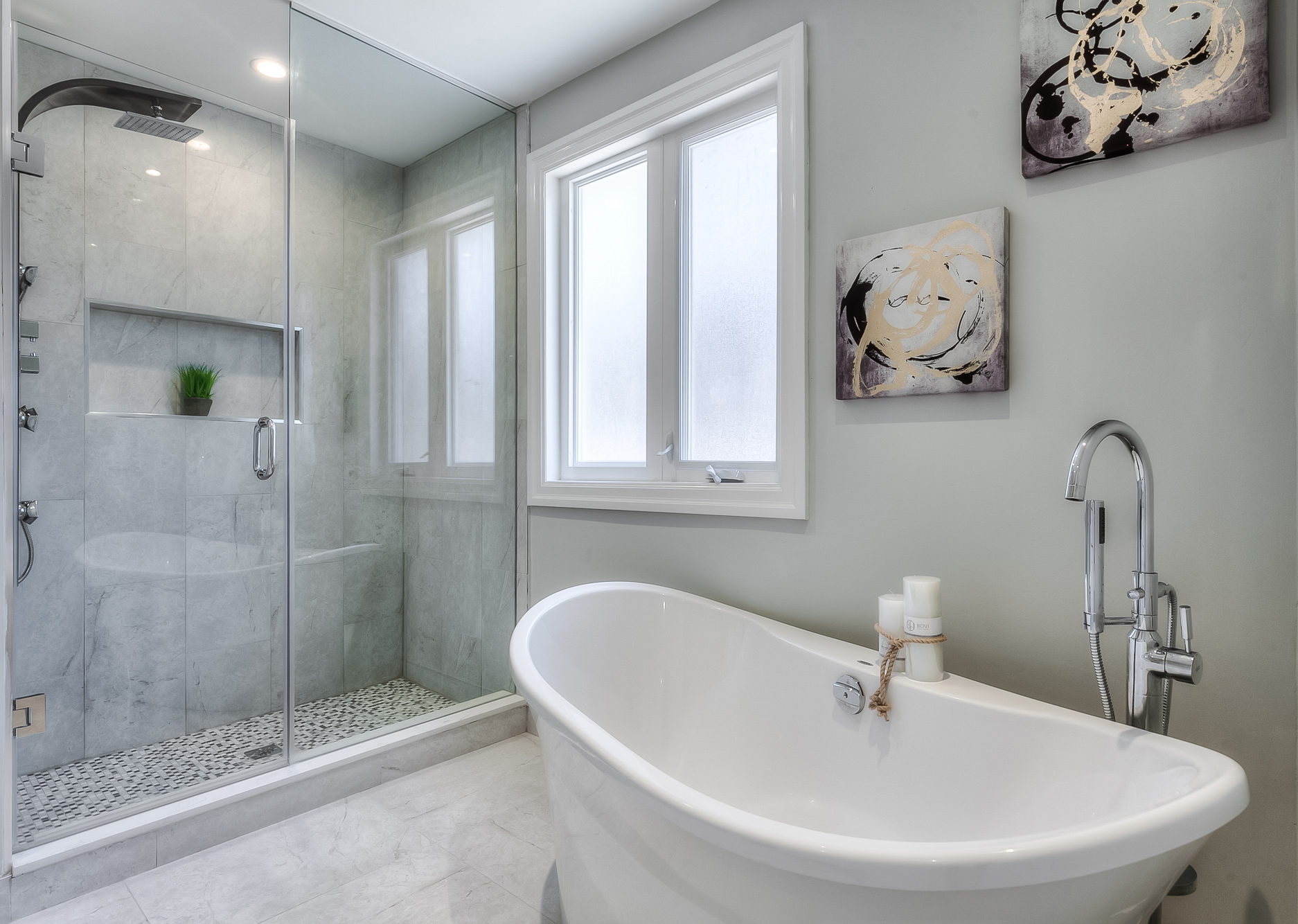Open Concept Bathrooms